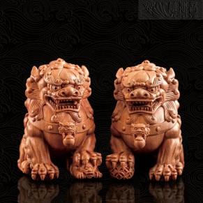 木质祥狮摆件